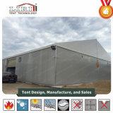 O telhado branco das paredes de sanduíche cobre a barraca de alumínio grande para vendas quentes