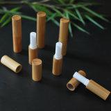 El tubo de lápiz labial de bambú Contenedor de labio blanco