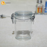 Immagazzinamento in largo il vaso della bocca con la clip di vetro del metallo e del coperchio