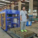 Precio de la máquina de fabricación de ladrillo del cemento que se enclavija del bloque concreto automático de la depresión