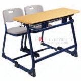 2018 Best Seller azul estudiante doble mesa y silla con estructura de acero