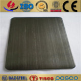 PVD上塗を施してある黒いカラーステンレス鋼シートのヘアライン表面
