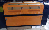 木製のアクリルのためのFlc1290二酸化炭素レーザーのカッター