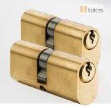 El óvalo de cobre amarillo del satén de los contactos del euro 5 del bloqueo de puerta asegura el bloqueo de cilindro 35mm-50m m