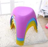 Nueva silla de diseño plástica del taburete de la manera del diseño con sabor artístico