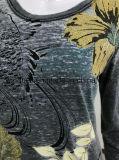 원색판화를 가진 여자를 위한 긴 소매 t-셔츠가 회색에 의하여 다 탄다