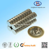 Fabbrica diretta magneti eccellenti D20X2 del neodimio permanente del disco di forti