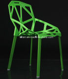 Piedini verniciati del metallo con la presidenza di plastica della pila della disposizione dei posti a sedere per la mobilia del giardino (LL-0042)