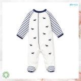 新しいデザインBbayは白い男女兼用の赤ん坊のロンパースに着せる