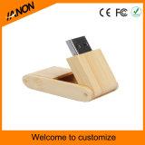 Movimentação de madeira escura ambiental do flash do USB
