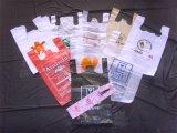 Einzelne Zeile heißer Ausschnitt-Plastiktasche, die Maschine herstellt