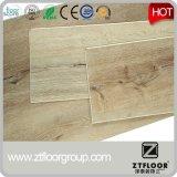 2017 Suelo de madera de imitación autoadhesivo Suelo de PVC de vinilo
