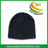カスタムロゴの刺繍が付いている冬によって編まれる帽子の帽子