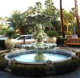 La sculpture en marbre vert à l'extérieur de la décoration de jardin en pierre Fontaine à eau