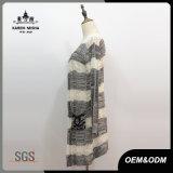 As mulheres Winter Striped Cardigan de malha