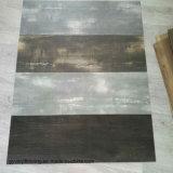 Grauer wasserdichter haltbarer Kleber-unten trockener rückseitiger Vinylbodenbelag