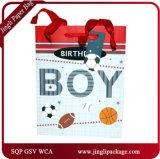 Новый подарок бумажных мешков Kraft прибытия кладет хозяйственные сумки в мешки для рождества с ручкой и горячим штемпелевать