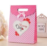 Sac cosmétique enduit promotionnel d'emballage de bijou de transporteur de papier d'art de main de cadeau d'achats de papier d'impression de Brown Papier d'emballage avec la corde en nylon de coton (E30)