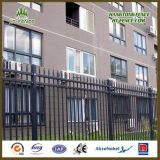中国Professional Hot Dipped GalvanizedおよびPowder CoatedまたはPaint Pressed Spear Top Railway Fencing/Wrought Iron Fence