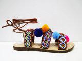 Симпатичные сандалии повелительницы Способа Женщины Плоск Пятки с длинними шнурком и шариками