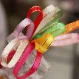 "Silk Satinbowknot-Farbband-Großhandelsgröße 1/4 "" mit goldenem Rand-Entwurf"