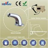 Goulotte de courbe de robinet d'eau de capteur infrarouge en laiton pour les Toilettes publiques