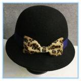 Form-Wolle-Filzcloche-Hut für Winter