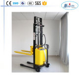 Dyc20 Dyc10 Semi-Electric Stacker de China Noelift Forlift Company
