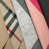 El tejido de lana Melton