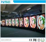 Smart WiFi publicidade vídeo em tela LED com a roda