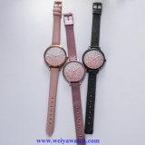 Ineinander greifen-Legierungs-Dame Quartz Wist Watch, Dame-Uhren Soem-Service (WY-17025B)