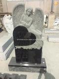 Monumento ereto do coração de pedra preto do granito