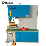 Operai per il taglio di metalli idraulici del ferro della macchina e macchina per forare del ferro