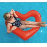 Flutuador vermelho inflável gigante da associação do coração