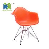 良質の中国製居間の使用PPのプラスチック食事の椅子