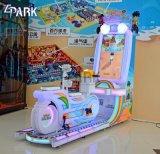 硬貨は子供の乗車のバイクのシミュレーターのゲーム・マシンを作動させた