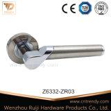 적절한 파 디자인 아연 합금 문 문에 박은 자물쇠 손잡이 (Z6348-ZR13)