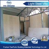 Casa de acero ligera prefabricada del chalet de la tarjeta de lujo del cemento para las familias