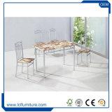 セットされる固体タケ削片板のダイニングテーブルおよび椅子