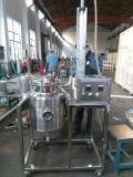 Huile essentielle d'aiguilles de pin distillateur