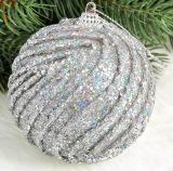 Adornos de Navidad de lujo con bolas de colores brillan