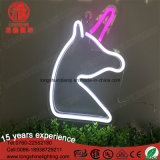 Segno al neon chiaro della scheda di PC di colore rosa dell'unicorno del LED 5V per la decorazione di natale