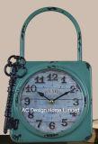 Decoración Vintage crema antigua cerradura y llave de metal de forma de reloj de mesa