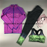 스포츠는, 운동 착용 한 벌, 착용 한 벌, 한 벌을 살짝 미는 여자 옷 적응시킨다