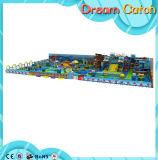 装置デザイン熱い販売のためのプラスチック子供のプレイハウスの子供の屋内運動場