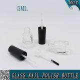 mini bouteille en verre claire de vernis à ongles 5ml avec le chapeau noir de balai