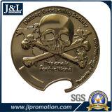 까만 니켈 색깔에 있는 쳐진 구리 금속 동전을 정지하십시오