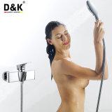 Robinet de douche plaqué par chrome en laiton de qualité de modèle moderne avec le nécessaire de douche
