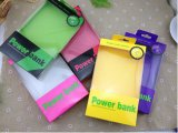 На заводе Custom Clear PP/ Пэт цвет пластиковой упаковки для телефона с подвесной кронштейн