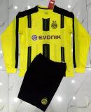 I kit lunghi di 2016/2017 di Borussia Dortmund di gioco del calcio del manicotto